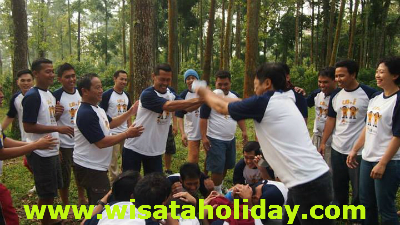 permainan outbound UB HOTEL
